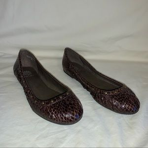 Yellow Box Snakeskin Print Flats Sz 8.5